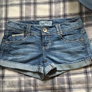 Low waisted jean shorts